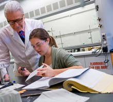 Jessica Counihan '10 works with Professor Joseph Sherma.