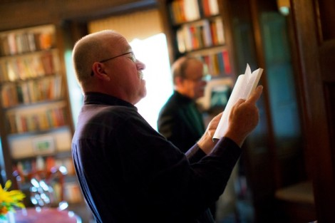 David Lauer '75 checks out the McKelvy library.
