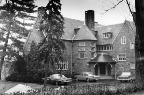 The exterior of McKelvy House, circa1960