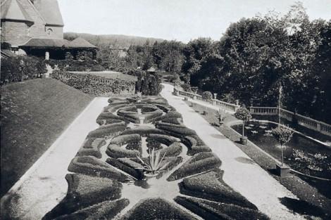 The Italian Garden at Oakhurst (McKelvy House)