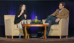 Author Elizabeth Kolbert speaks with geology professor David Sunderlin during her visit to campus.