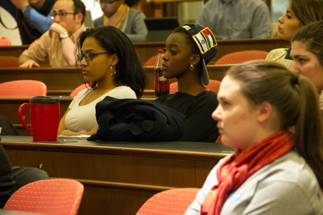 Students listen to the Black Heritage Month keynote speech by Jerry Mitchell, an investigative reporter with the Jackson, Mississippi, Clarion-Ledger. Photo by Hana Isihara '17