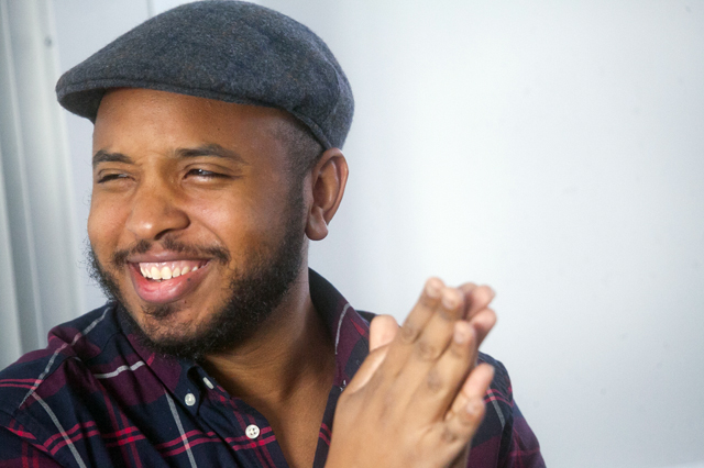 Filmmaker Justin Simien discusses his film Dear White People with students in the Cultural Anthropology class taught by Miranda Campoamor, visiting assistant professor of anthropology and sociology.