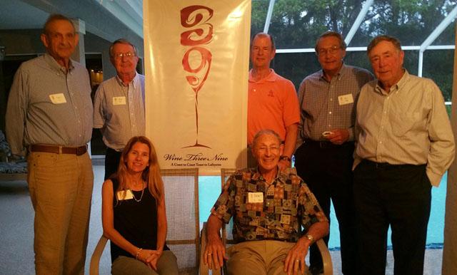 Alumni in Sarasota, Fla., show their Lafayette pride.