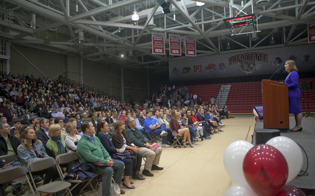 President Alison Byerly welcomes prospective students and their families to campus.