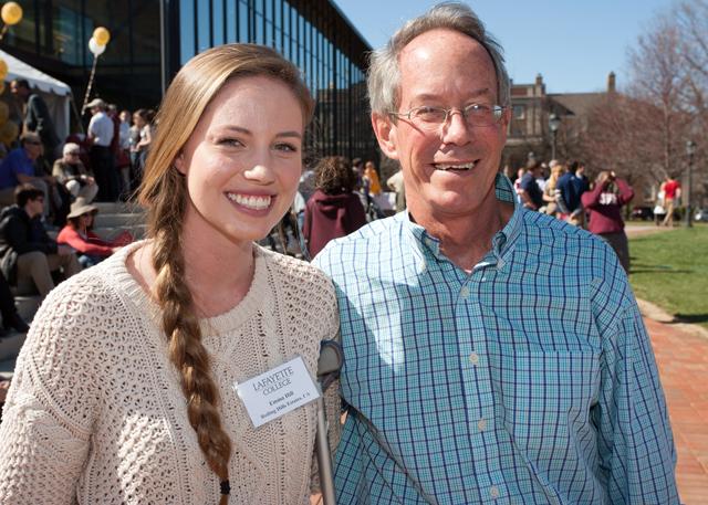 Prospective student Emma Hill enjoys the reception on the Quad. Photo by Clay Wegrzynowicz '18