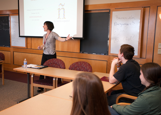 Spanish Professor Michelle Geoffrion-Vinci leads an academic exploration session. Photo by Clay Wegrzynowicz '18