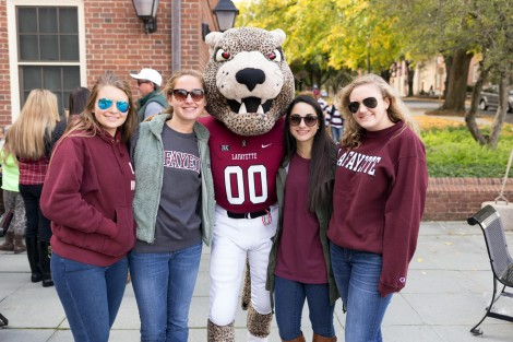 The Annual Alumni Homecoming Picnic at Gilbert's Café, photo by Clay Wegrzynowicz '18