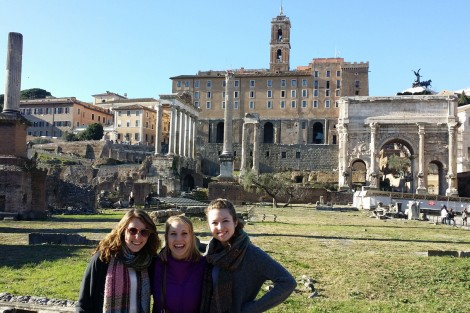 Amelia Ayers '16, Kaitlin Worden '16, and Olivia Jurewicz '15 at the Trajan's Forum in Rome