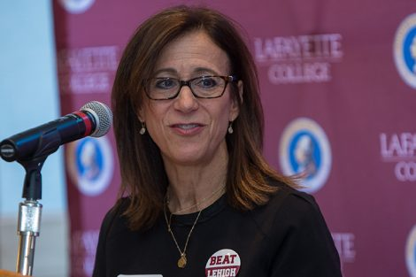 Alumni Association President Lisa Kassel '79