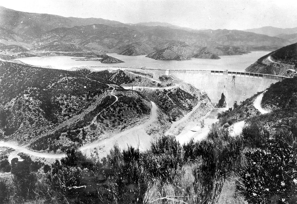 The St. Francis Dam before it broke.