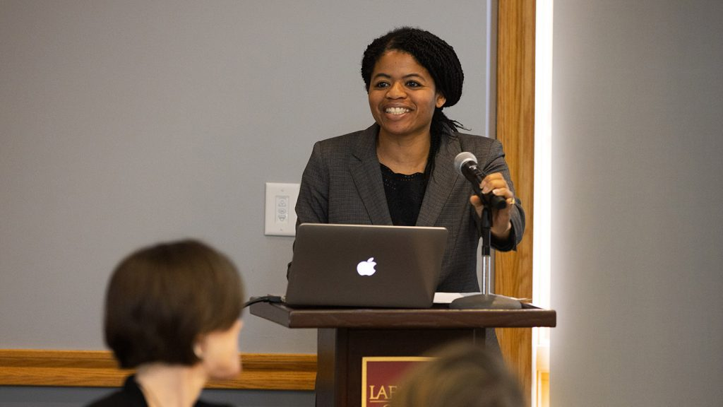 Director of CITLS Tracie Addy congratulated faculty who participated in Teaching Squares.