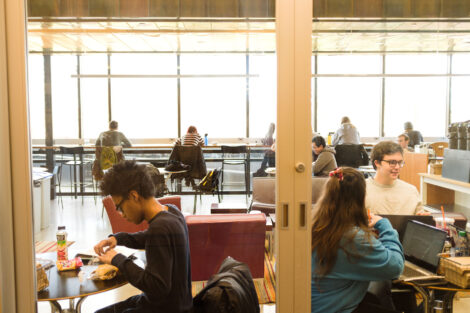 students eat lunch in skillman cafe