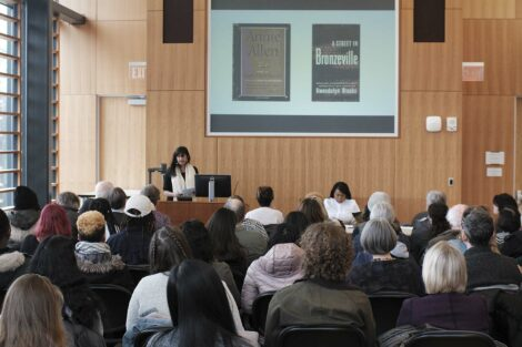 Professors lecture on poet Gwendolyn Brooks