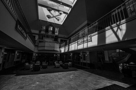Farinon College Center