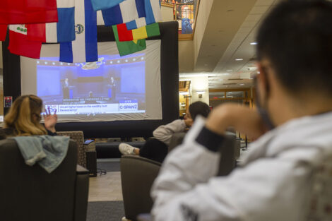 students watch the 2020 presidential debate in Farinon