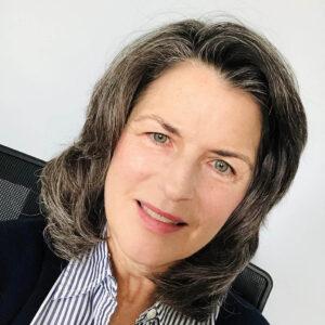 Susan Averett headshot
