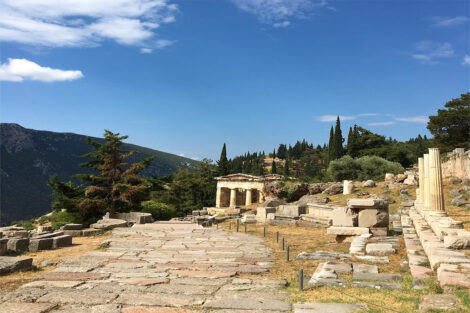Ancient ruins in Greece, Study Abroad 2021