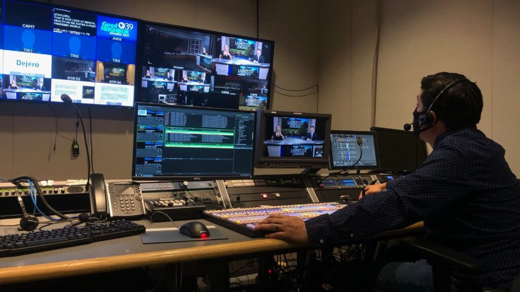 Javier Diaz, director of production at PBS39, at the control board during the taping of the spring 2021 edition of Lafayette Lens